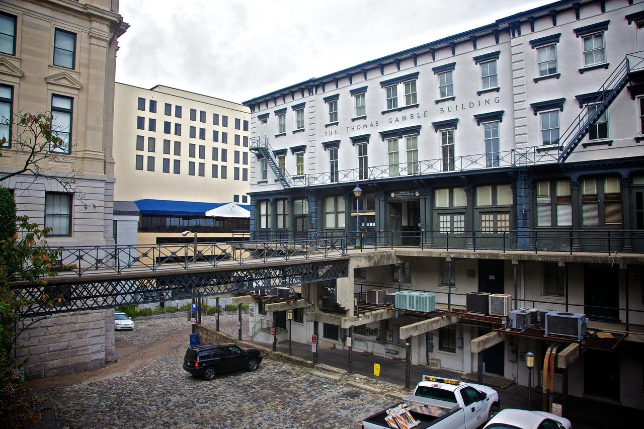 In Savannah, close to the bank of the Savannah river.