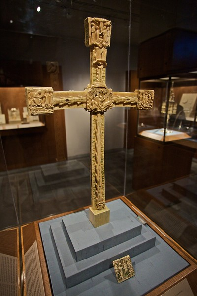 Ivory Altar Cross (English, c. 1150–60) and ivory plaque depicting Christ before the High Priest Caiaphas (English, c. 1150–75). (Cloisters)