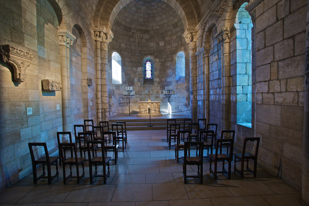 The Langon chapel from the choir of the church of Notre-Dame-du-Bourg at Langon, near Bordeaux (after 1126). (Cloisters)