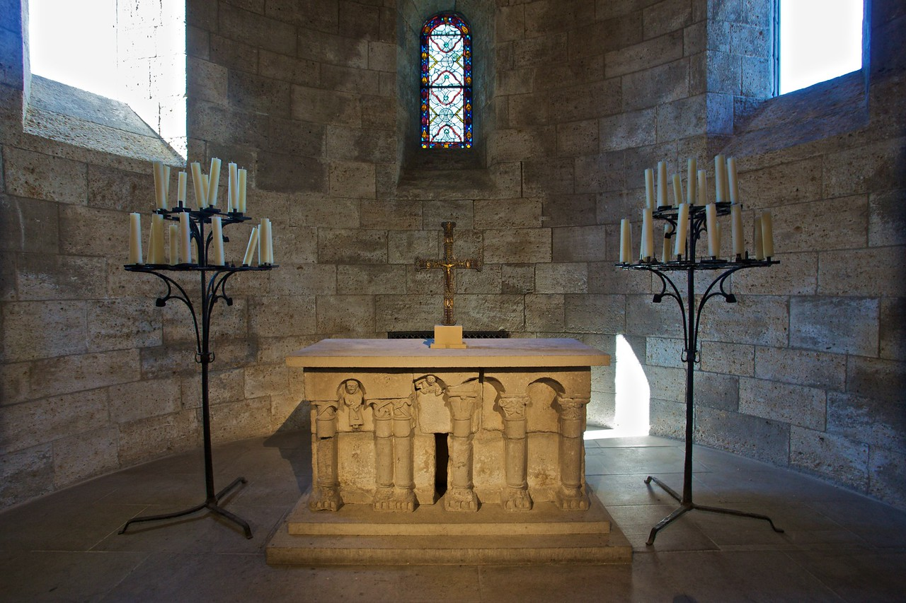 The altar of the Langon chapel from the choir of the church of Notre-Dame-du-Bourg at Langon, near Bordeaux (after 1126). (Cloisters)