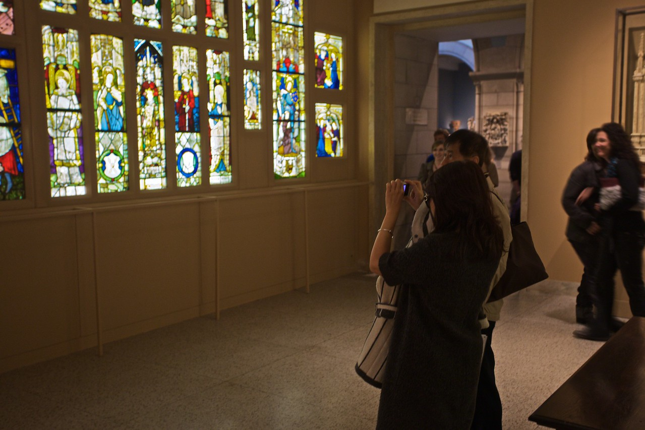 Photographing stained glass. (Met.)