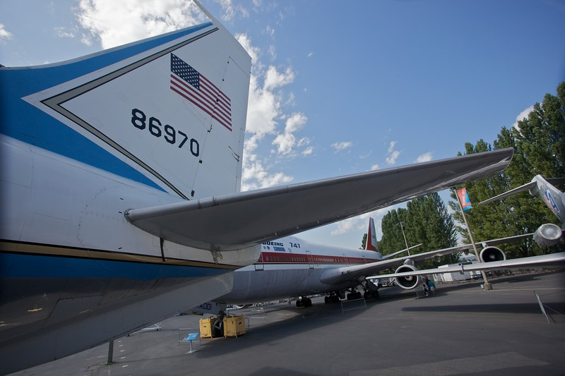 The tailplane of a Boeing C-137 Stratoliner, which is the U.S. Air Force designation of the Boeing 707. This plane was used to transport U.S. Presidents Eisenhower, Kennedy, Johnson, and Nixon. When the President is aboard the plane takes the callsign 'Air Force One'. It entered service in 1959, and took Nixon to China in 1972.