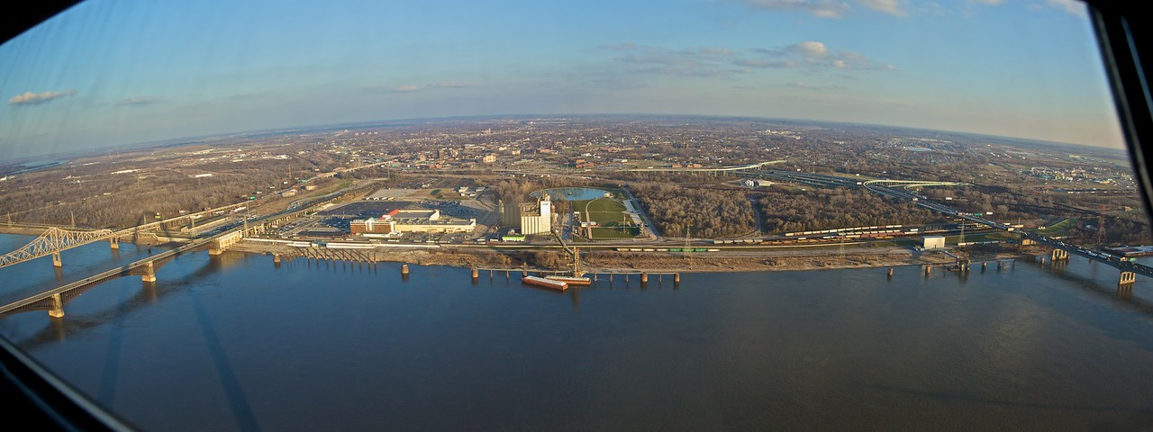 View from the Gateway Arch, looking east across the Mississippi River into Illinois. The urban area in the photo is the town of East St Louis.