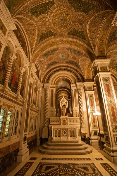 The All Saints' Chapel in St Louis Basilica.
