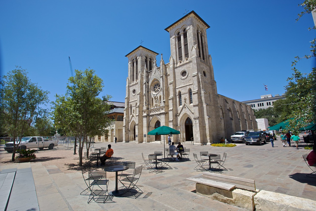 San Fernando cathedral in San Antonio, the first cathedral in the United States, was established in 1731.