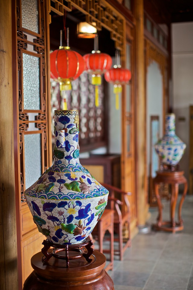 Vases and lanterns nside the Dr Sun Yat-Sen Classical Chinese Garden in Vancouver.