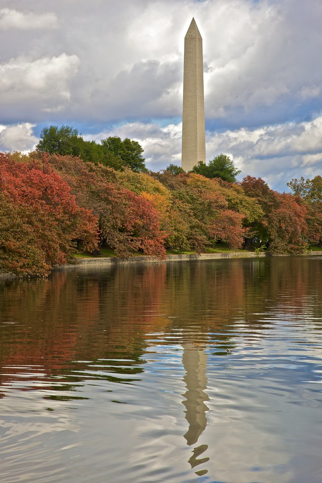 The Washington Monument among the autumn colours.