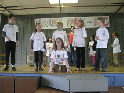 Nov. 20-24, 2009 (Hailey has her Starlight acting finale. Then she goes to Hunter's swimming party.)
