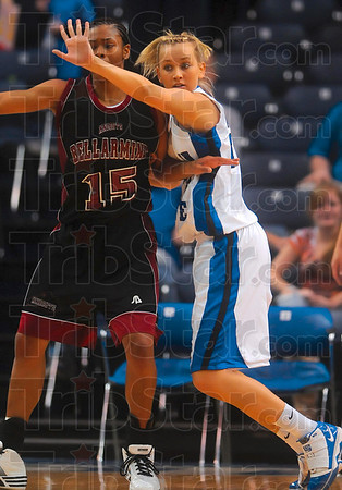 Tribune-Star/Joseph C. Garza<br /> Nothin' easy on the inside: Indiana State's Moriah Hodge closely guards Bellarmine's Brittany Edelen during the Sycamores' win Sunday at Hulman Center.