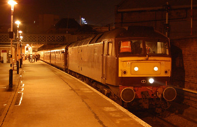 47804 pauses at Doncaster with Railtourer's 1Z24 1655 return charter from Carlisle to Huntingdon (14/02/2009)