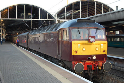 47804 awaits departure from Newcastle with North East Railtours' 1Z63 0530 charter to Fort William (25/05/2009)