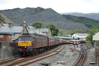 47804 waits to depart Blaenau Ffestiniog with 1Z48 1612 return charter to Barrow (11/07/2009)
