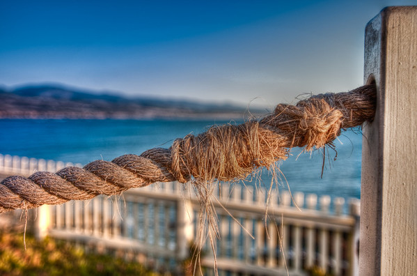 I thought there was some neat texture in this rope. HDR
