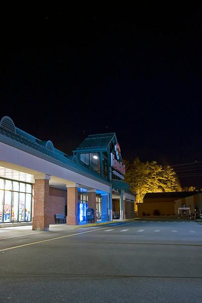 Hannafords Supermarket at night