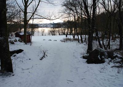 Romjulsregatta: Snø, 1 grad, flatt vann og nydelige forhgold.