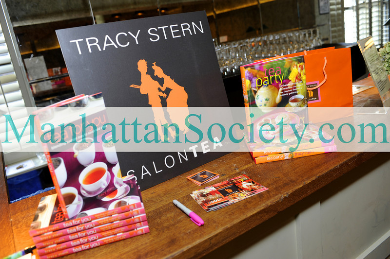 "NEW YORK-OCTOBER 10: TRACY STERN of SALONTEA hosts ""Tea Seduction"" at Food Network New York City Wine & Food Festival on Saturday, October 10, 2009 at The Library at Soho House,  Meatpacking District, New York City, NY. (Photo Credit: ©Manhattan Society.com 2009 by Christopher London)"