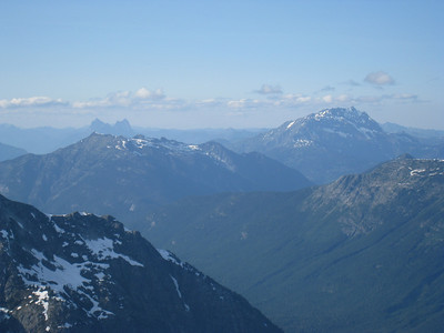 Jack mountain on the right, and Hozomeen on the left in the far distance.