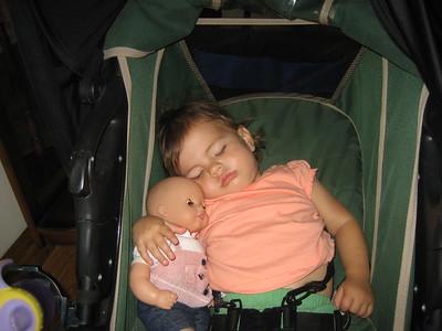 Rare Sighting: Mama Mia with Dolly Sleeping