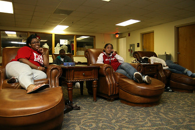 (L-R) Freshmen Xenia Johnson, Canaan Grier, Ebony Williams, and Brittaney Fox enjoy a movie and time with friends in the DCC Friday night.