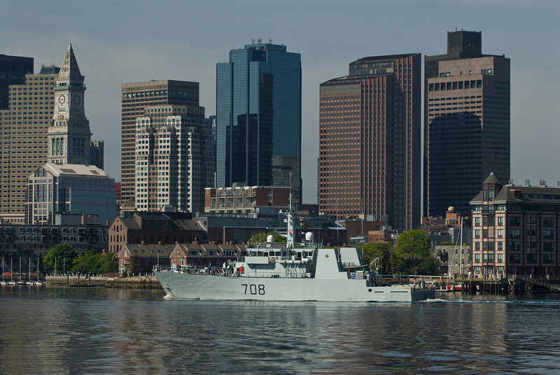 Canadian Kingston-class Maritime Coastal Defence Vessel HMCS Moncton (MM 708) leaves  Boston on Memorial Day. The ship has served in the Canadian Forces since 1998.<br /> Moncton is the ninth ship of her class which is the name for the Maritime Coastal Defence Vessel Project. She is the second vessel to use the designation HMCS Moncton.