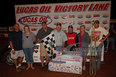Casey Roberts and crew in Victory Lane @ Swainsboro Raceway