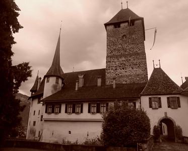 Spiez chateau sepia