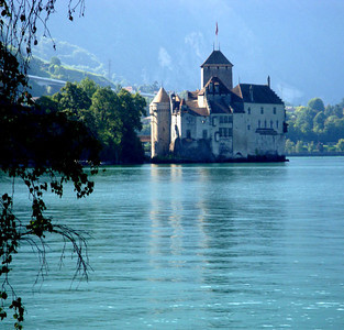 Nestled on a natural island close to the lake shore Chateau Chillon exerted strategic control over the north-south alpine trade route, for hundreds of years.