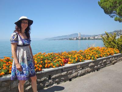 You can walk/run the Lake Geneva promenades for miles.