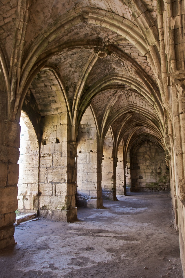 The cloister in the Crac des Chevaliers.