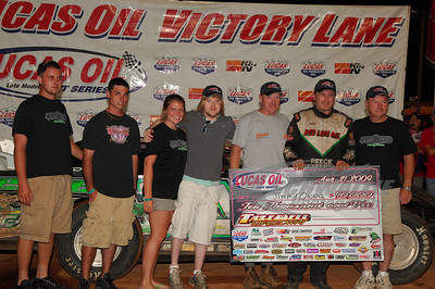 Jimmy Owens in Victory Lane @ Tazewell Speedway