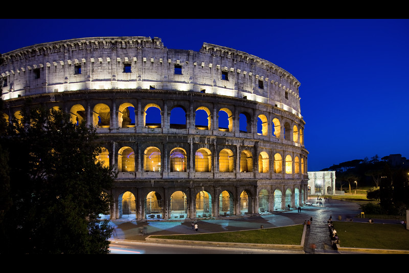 rome colosseum at night 2