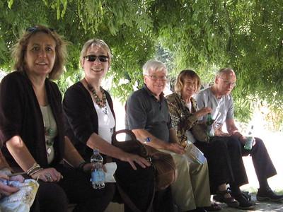 Lunch in Avignon Park - Mibs Mara