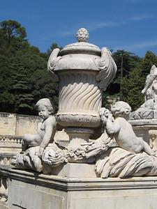 Jardins de la Fountain, Nimes - Mibs Mara