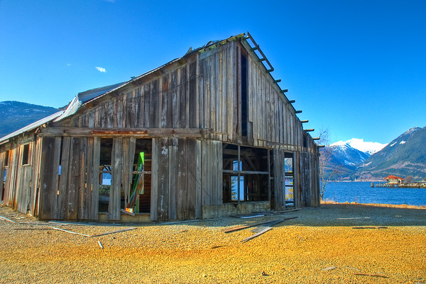 We stopped at this cute mining town on the drive to Vancouver, and then there were some sweet run-down, falling apart buildings and some boats. I hopped a fence and took a couple pictures with the awesome backdrop!