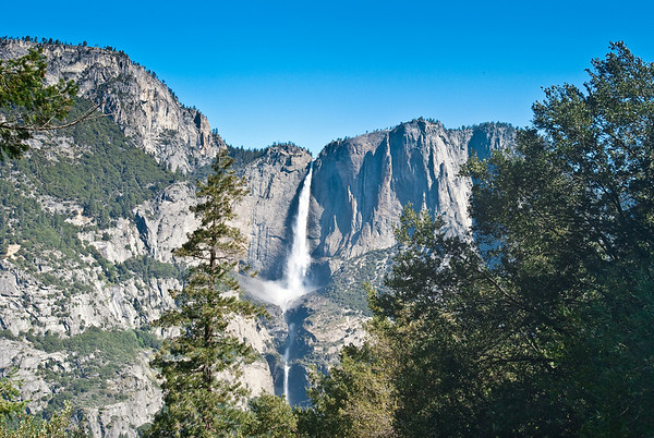 Upper Yosemite Falls and Lower Yosemite Falls, seen from the 4-Mile Trail