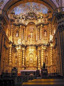 Ecuador - Quito: La Compañia de Jesus - gilded altar - religion - Christianity (photo by Rod Eime)