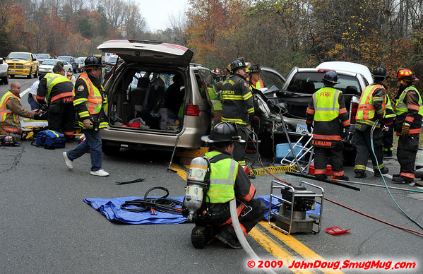 11/14/2009 3 Car Accident on Rt 4 and Patuxent Beach Rd with Extraction