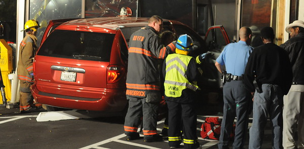 11/3/2009 Mini Van into a Building by Gate 1
