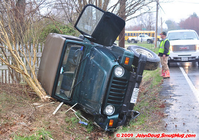3/27/2009 Jeep Roll Over on Flat Iron