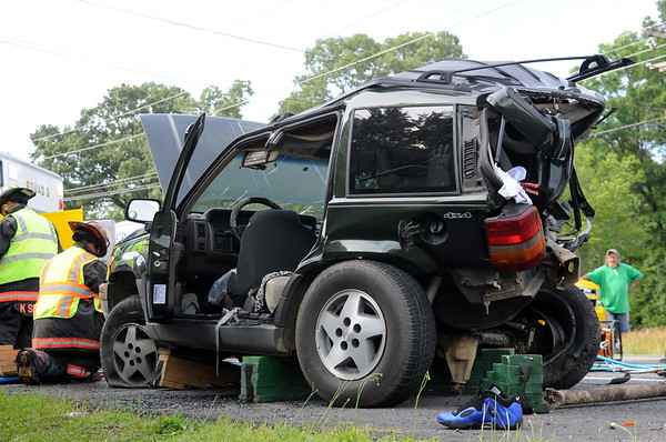 6/25/2009 Three Car Accident in South Ridge with Fly Out
