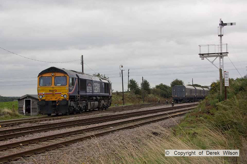 090826-003     GBRf class 66 no 66725 Sunderland, after arriving with a rake of empty coal hoppers, the loco is seen 'running-round' the stock, before proceeding along the branch to Thoresby colliery.