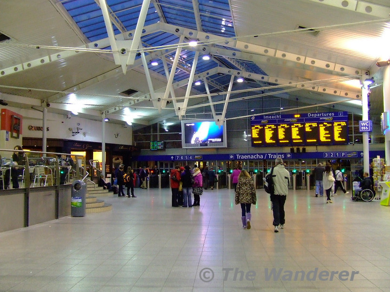 The concourse at Connolly. Sat 05.12.09