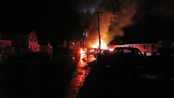 12/10/2011 Beach Rd West Chalker Beach Structure Fires