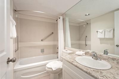 L201 Bath 1