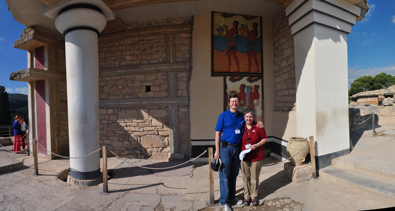 2010-11-01  360  Knossos - Jay and Veronica, with Fresco (Reproduction) in the Background