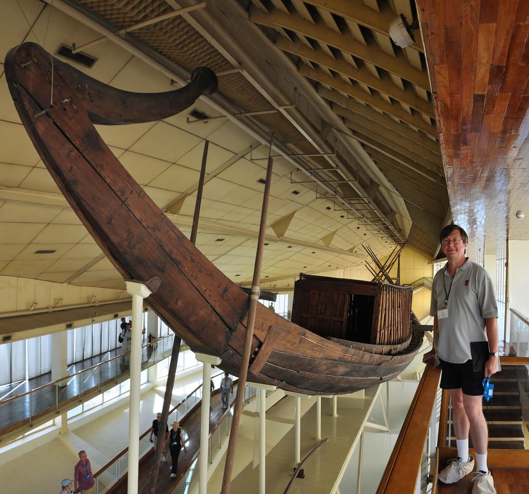 2010-11-08  287  Giza - Jay and Cheops's Solar Boat