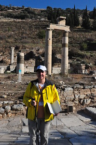 2010-10-31  260  Ephesus - Veronica at the Prytaneion