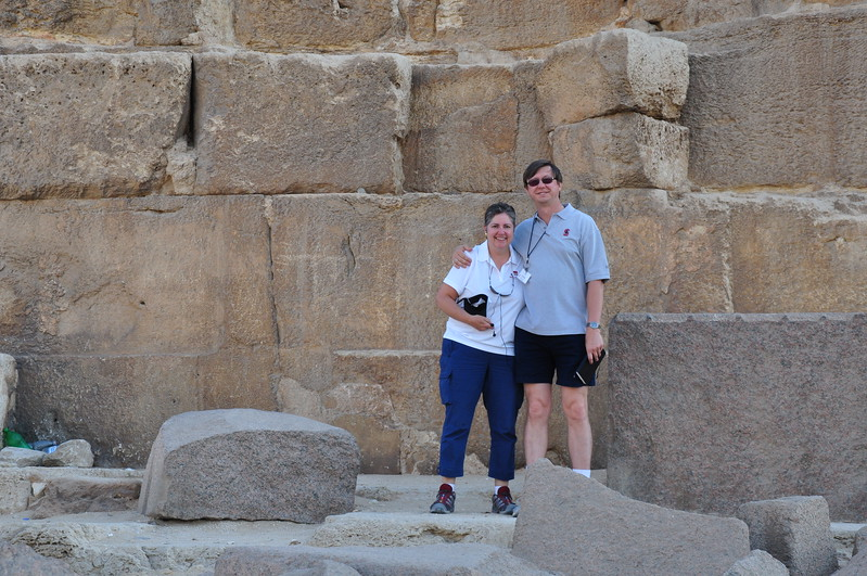 2010-11-08  255  Giza - Veronica and Jay, Standing at the Base of the Pyramid of Khufu