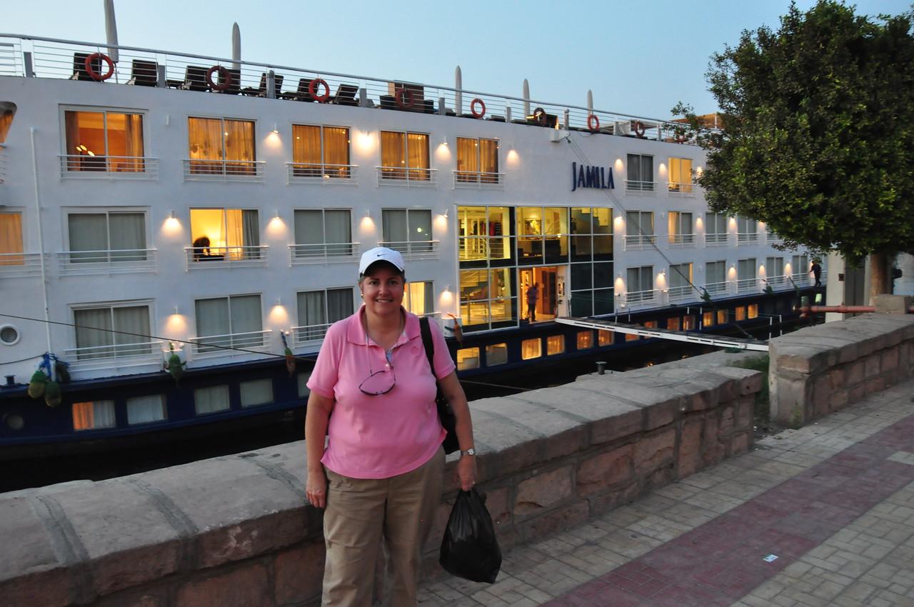 2010-11-12  184  Veronica and Our Nile Cruise Ship, the Jamila