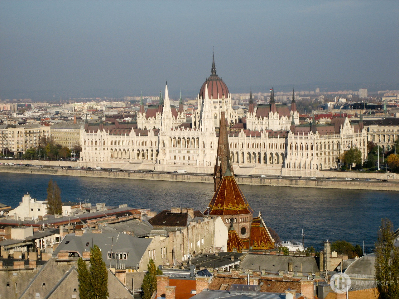 Országház and the Danube River